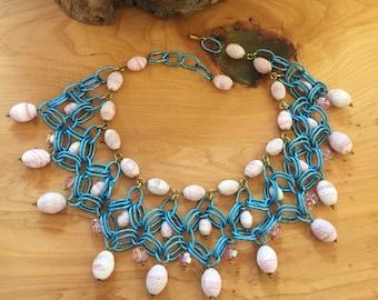 Beautiful Vintage Designer Oscar De La Renta Runway Bib Festoon ChainMail Necklace Perfect Summertime Necklace