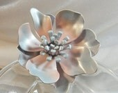 SPRING SALE Vintage Flower Brooch. Baby Blue. Pale Pink. Enamel. 70s Flower Power Pin.