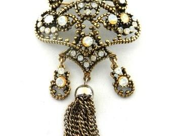 HOLLYCRAFT Vintage BAROQUE Opalescent Cabochon Rhinestone Tassel Brooch Pin --Art.54/4 --