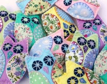 Felt Owl ornaments, 3 Pastel patchwork owl decorations,Handmade owl ornaments,Felt Christmas ornaments,Owl wedding favours,New baby gift.