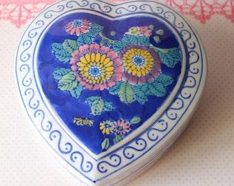 Vintage Shabby Chic Chinese Rose Jewelry Box
