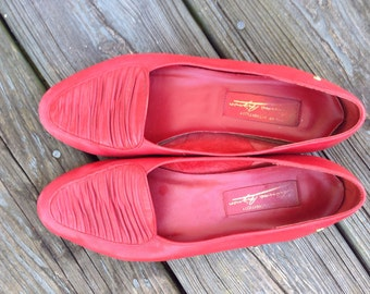 Red Leather Flats with Pleated Accent