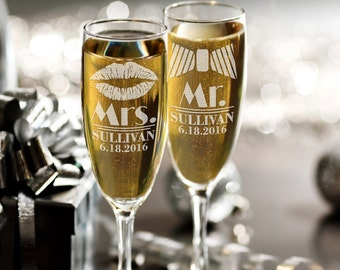 Mrs Mr Personalized Lips Tie Set of 2 Custom Champagne Flutes, Wedding Gift, Bride Groom Champagne Glasses, Laser Engraved with Name & Date