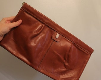 ON SALE 70s Phillipe Brown Leather Oversized Clutch  •  Leather Clutch  •  1970 Bag   •  Vintage Clutch  •  Vintage Brown Clutch