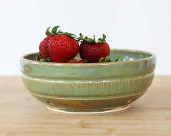 Berry bowl in Jade.- Ready to ship
