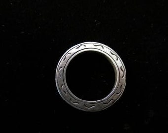 Sterling Silver Modernist Flat Etched Ring