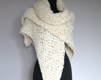 Extra Large Size Off White Light Cream Ivory Color Chunky Knitted Wedding Shawl Wrap Stole with Tassel