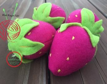 Felt Strawberries in pink - Magic Fairy Toy Felt Strawberries - Magic Princess Toy Pink Felt Strawberries - Felt Pretend Play Food Toy
