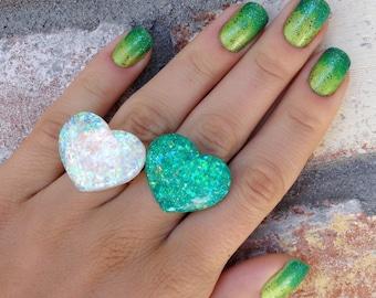 Glitter Resin Heart Ring, Teal Opal Glitter Ring, Green Opal Glitter Resin Ring, Heart Glitter Ring, Opal Heart Resin Ring, Green Opal Ring