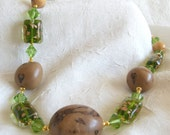 Brazilian Buriti and Paxiubao Seeds, Green Glass Beads Necklace Choker - Eco Friendly Necklace - Fair Trade Necklace - Eco Friendly Choker