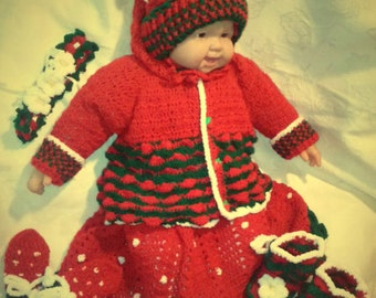 26. Crocheted set Strawberry