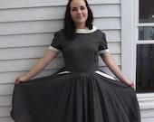 Vintage 50s Dress Button Back Black Floral Print Cotton Full Skirt M 38 Bust