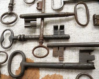 my collection of extra-large antique keys - museum pieces - wedding favor - 15 castle and gate keys - large  keys - (T-4).