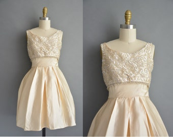 Gorgeous vintage 1950s ivory stain sequin party dress / vintage 1950s dress