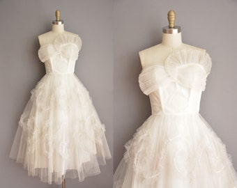 50s white strapless tea length vintage wedding dress / 50s dress / vintage 1950s dress