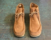 Mens vintage 60s 70s suede wallabees // us size 9.5 EE // unisex ankle boot booties chukka desert boots