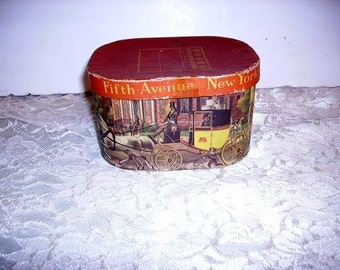 Vintage Salesman Sample Dobbs Hat Box/Fifth Ave New York/Litho Hat Box/Miniature Hat Box/No Hat