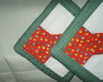 POTHOLDERS (#8) Green Red, Bow Tie Traditional Quilt Pattern,  Made in GA,  Manish, Masculine, Contemporary, Hand Quilted,