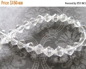 20% OFF ON SALE 50 pcs Clear Glass Bicone 6mm Beads
