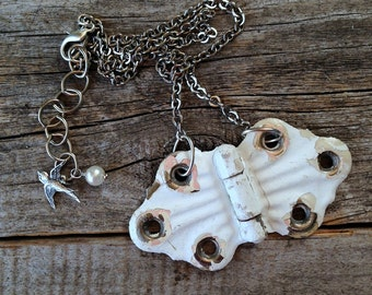 vintage hinge necklace | distressed shabby chic white and pink painted hinge | repurposed upcycled reused