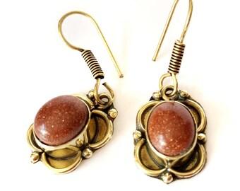 gemstone earrings,gold dangle earrings,Minimalist bezel set Earrings,unique Taneesi