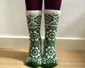 Hand knitted White Green Wool Socks Flowers Floral Fairisle Scandinavian Spring Winter