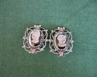 Vintage Whiting & Davis Cameo Earrings Ornate Silver Tone Setting Chic
