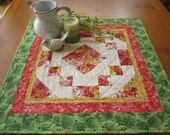 Quilted Table Topper, Spring Tabletop, Handmade Table Topper, Floral Table Topper, Table Quilt, Home Decor, Table Decor, Easter, Tabletop
