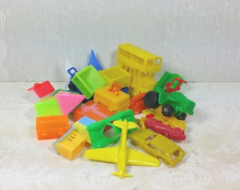 Miniature Toys, Game Pieces, Charms, Odds and Ends Lot of 22, Plastics, Vintage Repurposing , Cake Toppers, Altered Art Supplies