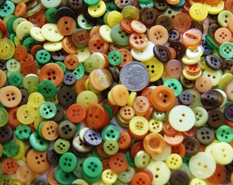 500 Buttons, Small, Pumpkin Harvest Mix, Sewing, Grab Bag, Craft Button, Jewelry, Collect (002 A)