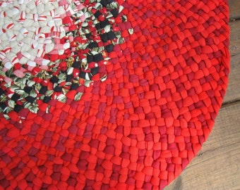 New Ready To Ship Hand Braided Round Recycled Red Rug / Floor Carpet / Rag Rug for Bathroom, Kitchen , Entry, Kids Room, Nursery, Bedroom