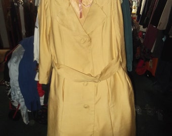 1970s Yellow Coat w Belt-sz M/L