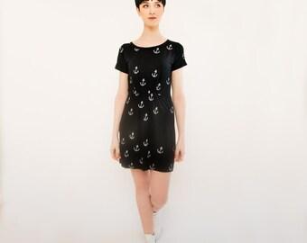 Black and White Anchor Print Short Sleeved Dress
