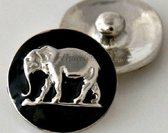 Elephant snap charm that is interchangeable with Noosa or Ginger snaps jewelry and many other 18-20 mm snap jewelry.