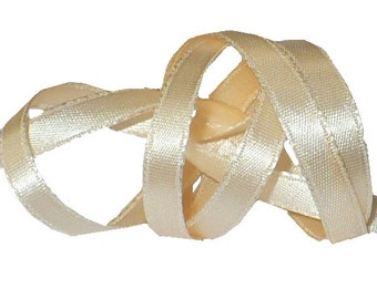 "1/4"" Blush Beige Satin Ribbon, Double Face Satin Ribbon, 1960's Vintage Sewing Supply"
