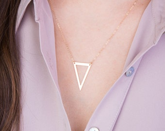 Delicate Triangle Necklace, Simple Geometric Triangle Necklace in Silver, Gold or Rose Gold, Dainty Minimal Geometric Layered Necklace