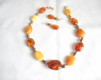 Vintage Amber Inclusions Light Dark Amber Necklace Set