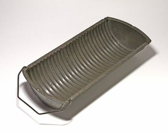 Primitive Metal Segmented Loaf Pan  - circa 1885, 1896