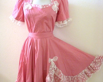 Vintage Mauve Pink Square Dance Dress - Pink and White Lace Swing Dress - Pink Circle Skirt Dress - Rockabilly Dress - Size Medium 8