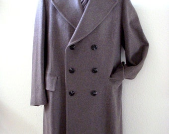 Very Dapper Vintage 60s 70s Grey Wool Men's Coat - Double Breasted Gray Wool Overcoat made for Frank G. Wells - Size 44 estimated