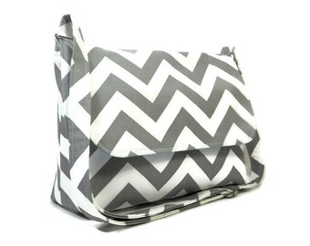 Gray Chevron Purse, Medium Fabric Crossbody Bag, Cotton Pocketbook, Cross Body Purse, Fabric Pocketbook, Chevron Shoulder Bag, Messenger Bag
