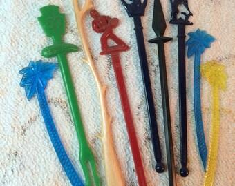 Collection of Vintage Plastic Stir Sticks Bar accessories drinks drinking