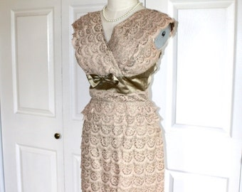 40% OFF SALE 1950s Lace Satin Party Dress . Vintage 50s BOMBSHELL Formal Evening Green & Champagne Hourglass Wiggle Dress . Sz Small Medium