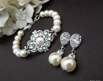 Bridal Jewelry Set Pearl Bridal Earrings Wedding Bracelet Ivory Pearl Earrings Swarovski Pearl Bridal Jewelry wedding Jewelry set CLAUDE