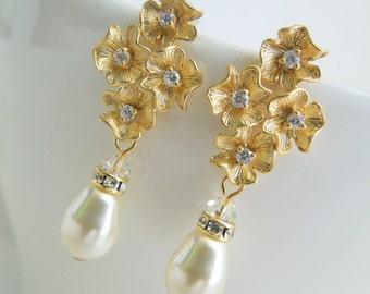 Pearl Bridal Earrings, Ivory Swarovski Pearls, Flowers Rhinestone, Stud Earrings, Pearl and Rhinestone Earrings, Gold, Pear Shape, CZ,HELENA