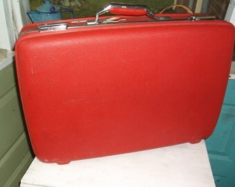 Vintage RED American Tourister Tiara Suitcase Overnight Case Luggage Medium Size and Clean