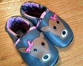 Made to Order: Pink Camo real-tree lined deer baby girl's shoes 12-18 months/ size 5