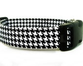 Black and White Houndstooth Dog Collar