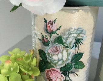 French Country Vase, upcycled Tin Can Vase, Shabby Chic Vase, Tin Can Vase