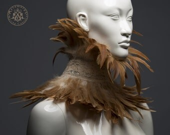 Steampunk feather collar / Ecru lace high collar with light brown feathers / Feathered neck corset / Feather choker / Feather posture collar